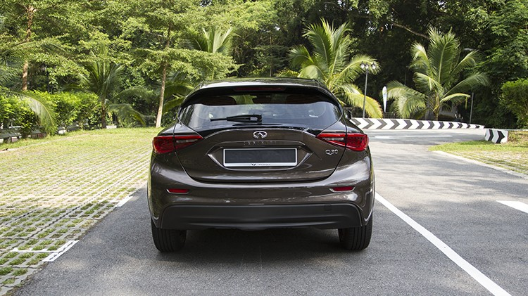 Rear of brown Infiniti Q30