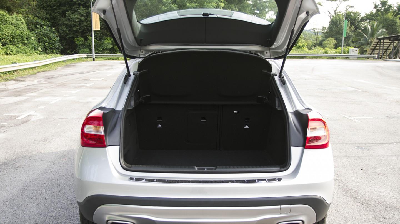 Mercedes Benz GLA boot space