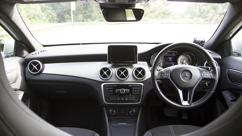 Mercedes Benz GLA Interior Front