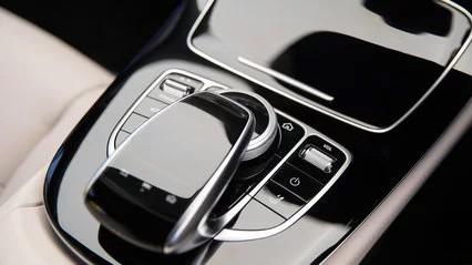Mercedes-benz e220d selector