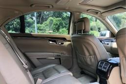 Mercedes-Benz S350L interior rear view