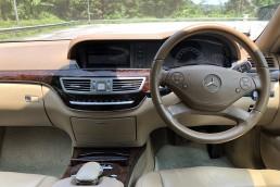 Mercedes-Benz S350L interior front view